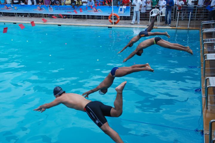 Divine Child International School-Swimming Pool