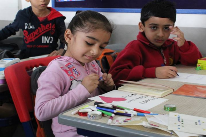 Eklavya Global School-Painting Activity