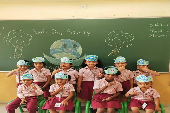 Global Indian International School-Earth Day Activity