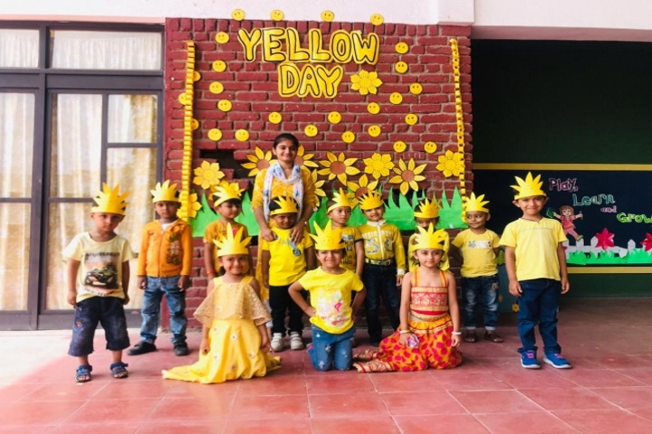 Greenwood School-Yellow Day Celebration