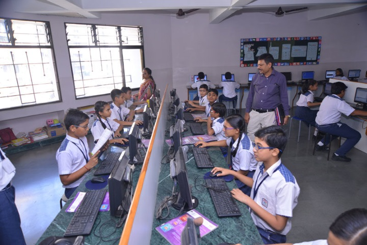 Hills High School-Computer Lab