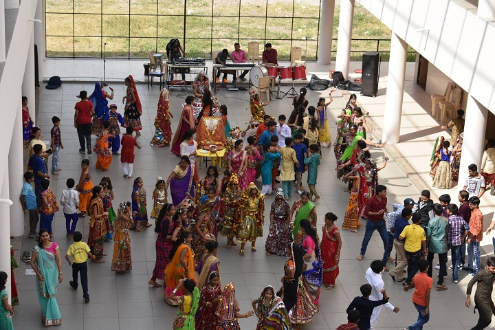 J  P MODI SCHOOL-Navaratri Celebrations