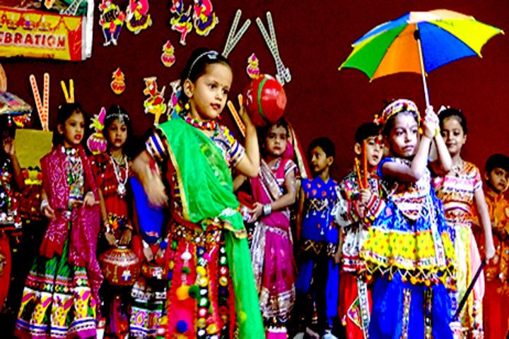J H Ambani Saraswati Vidya Mandir-Dance