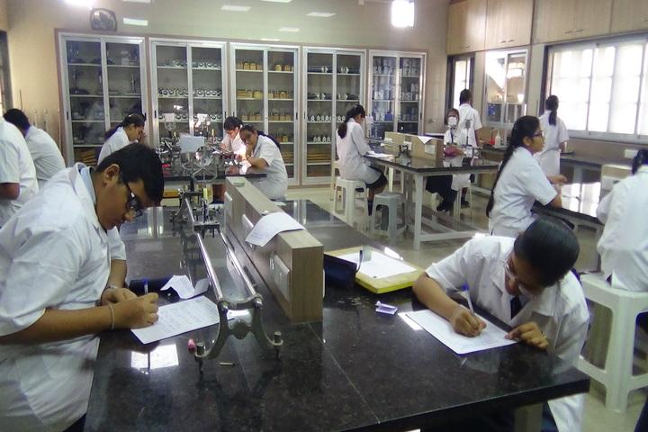 J H Ambani Saraswati Vidya Mandir-Physics Lab