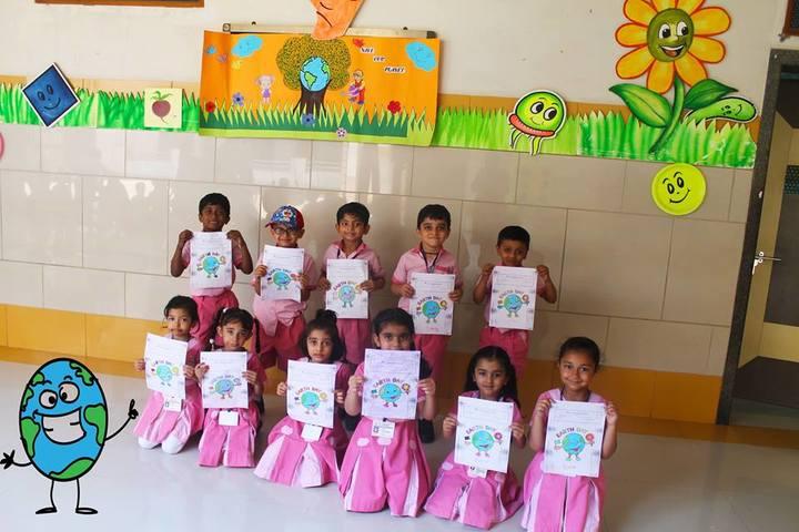 L P Savani Academy-Drawing