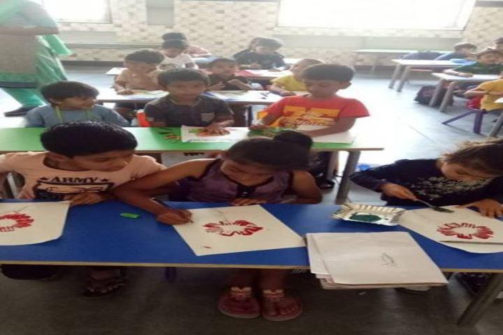 L P Savani International School-Classroom