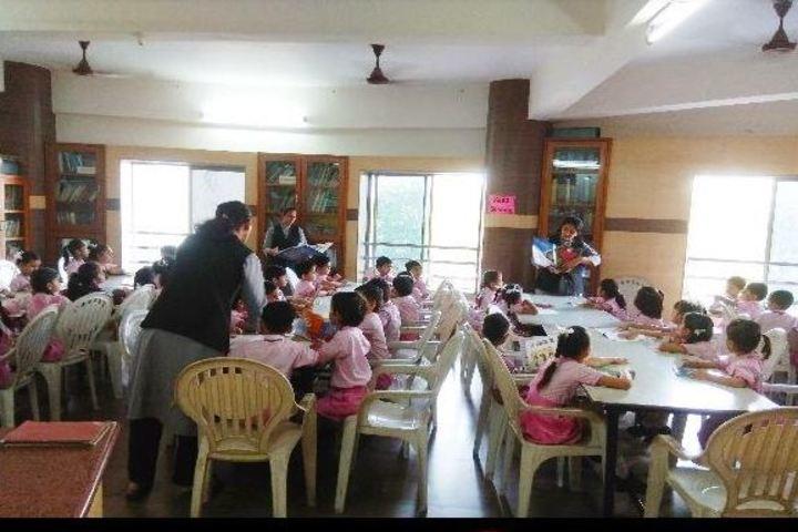 L P Savani International School-Library