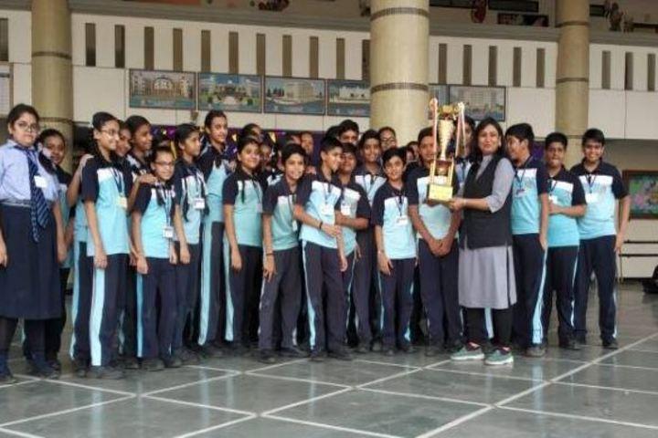 L P Savani International School-Sports day