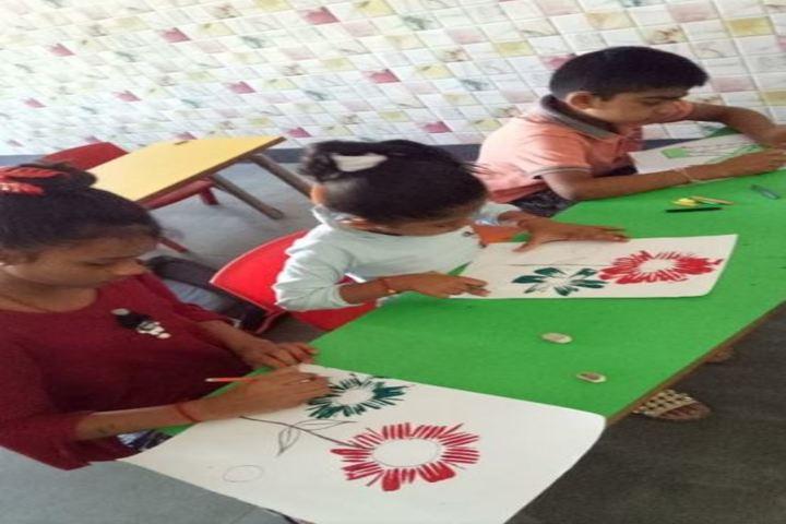 LP Savani International School-Art