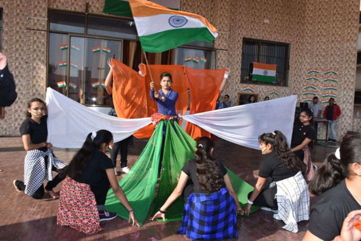 M. L. Kakadia National School-Independence Day