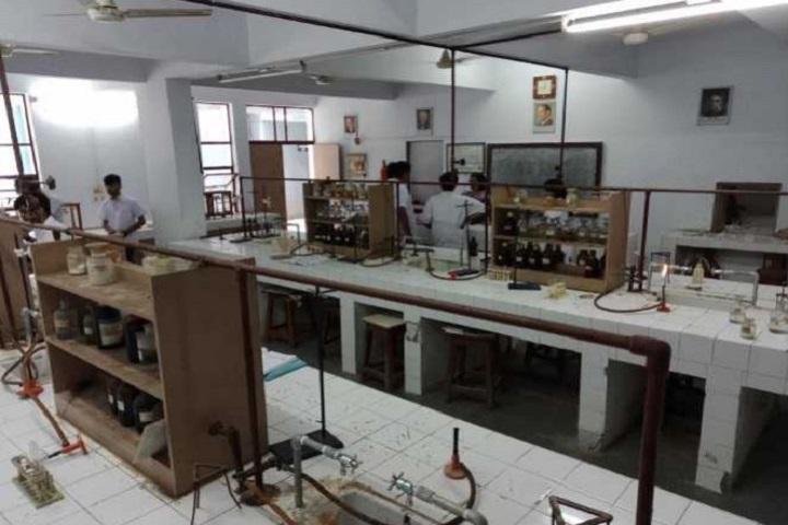 Maharaja Agrasan Vidyalaya-Chemistry-Lab