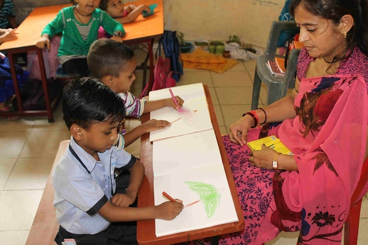 Mother Care School-Drawing Activity