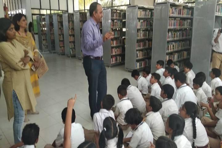Narmada Calorx Public School-Library