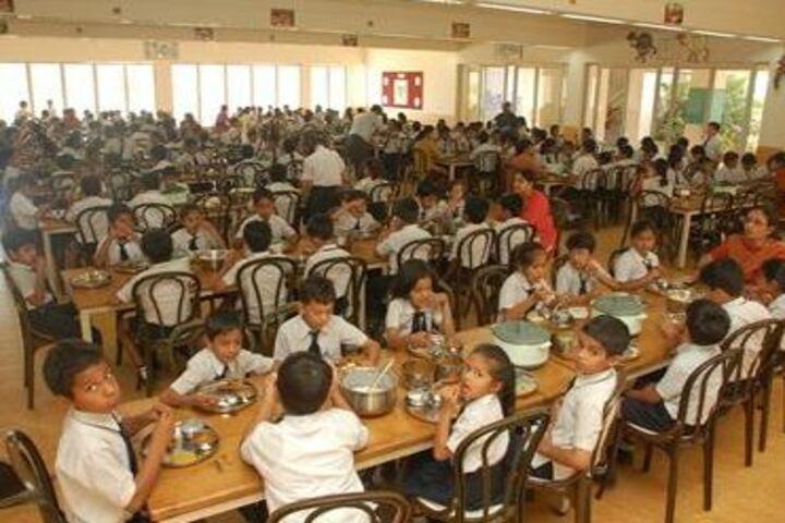 Navrachana International School-Cafeteria