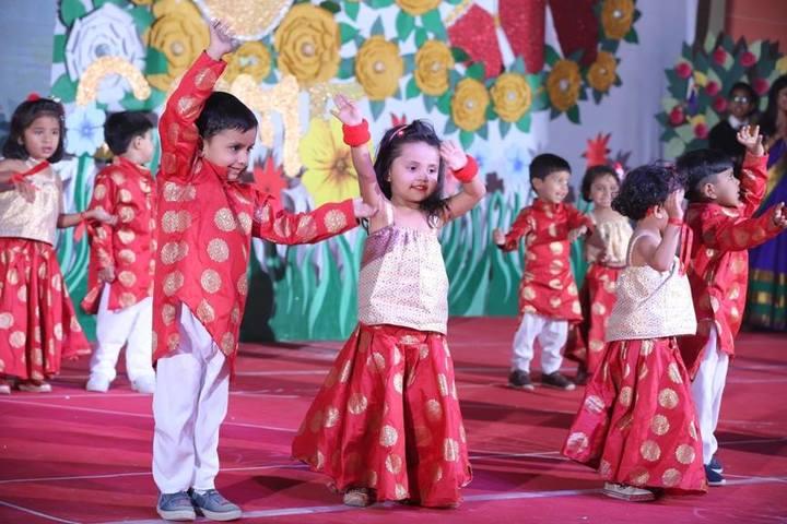 New Era Public School-Dance