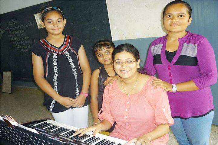 Nirmala Convent School-Music Classes