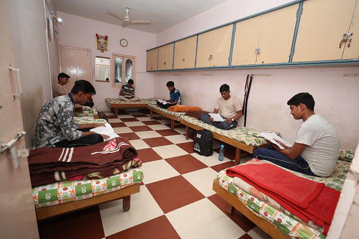 Om Landmark School-Hostel