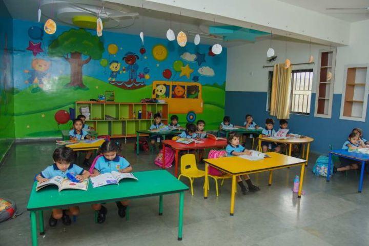Pinnacle Public School-Classroom