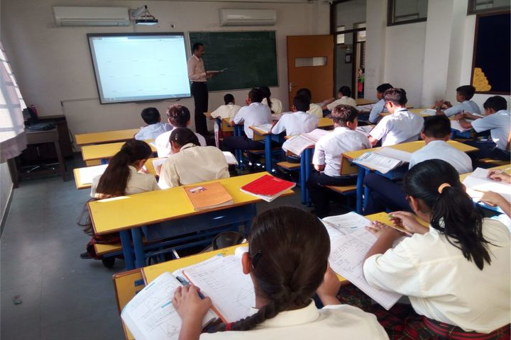 R P Vasani International School-Classroom