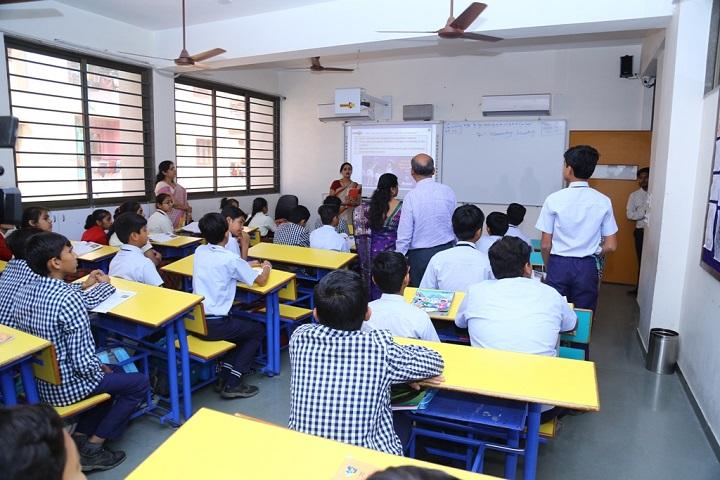 R P Vasani International School- Smart Classroom