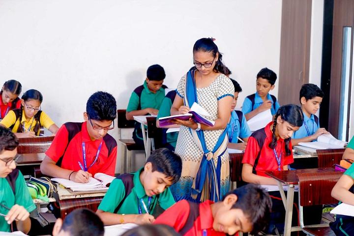 Radiant English Academy-Classroom