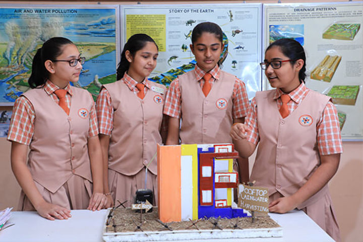 Sarvanaman Vidya Mandir-Exhibition