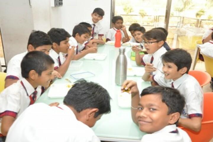 Shanti Asiatic School-Cafeteria