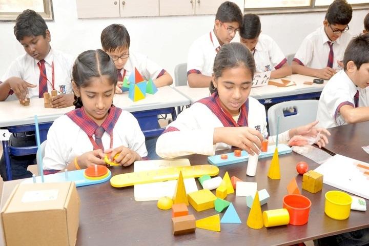 Shanti Asiatic School-Maths Lab