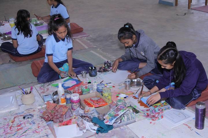 Shishukunj International School-Art-Craft