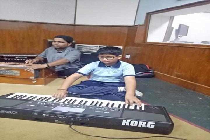 Shishukunj International School-Music-Room