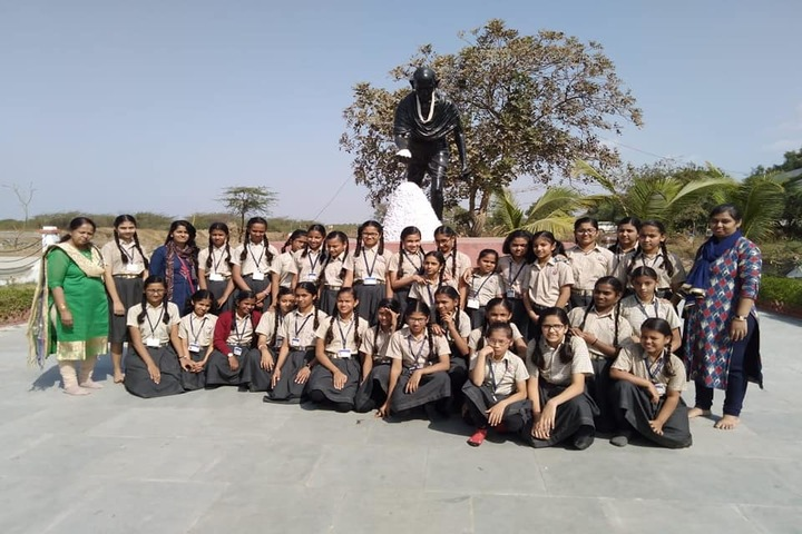 Shree Jain Yuvak Mandal English Medium School-Trips