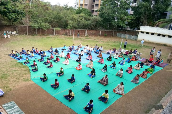 Shree Jain Yuvak Mandal English Medium School-Yoga