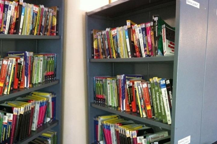 Shree Narayana Central School-Library