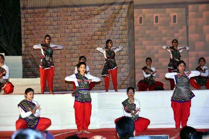 Shree Satya Sai Vidyalaya-Dance