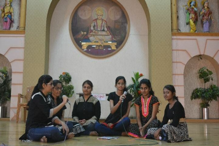 Shree Swaminarayan English Medium School-Singing