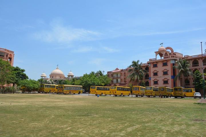 Shree Swaminarayan English Medium School-Campus View