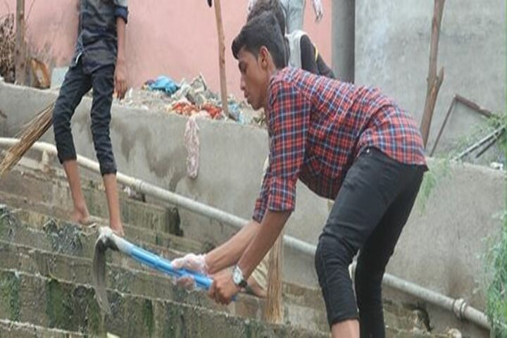 Shree Swaminarayan Gurukul International School-Swachh Bharat Abhiyan