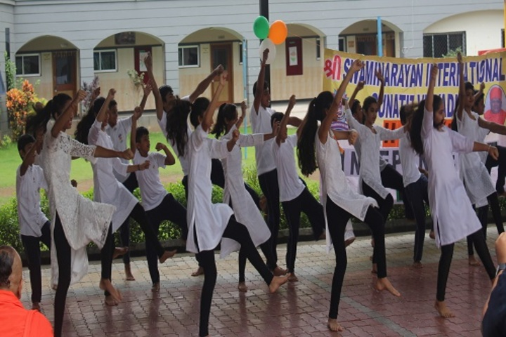 Shree Swaminarayan International Gunatit Vidyadham-Dancing Activity