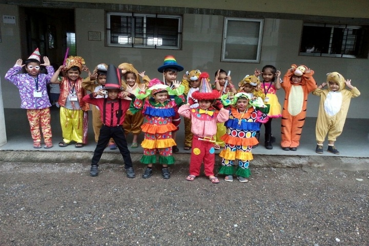 Shree Swaminarayan International School-Fancy Dress