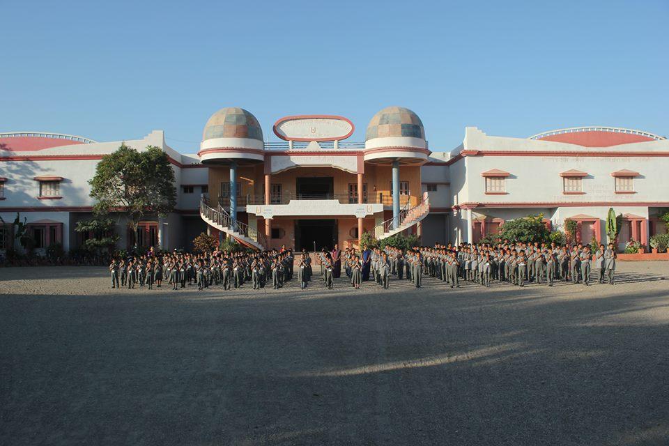 Shree Swaminarayan M G K English Primary School-Assembly