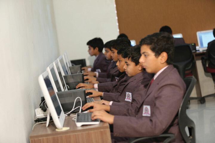 Shree Swaminarayan Vidhyapeeth-IT Lab