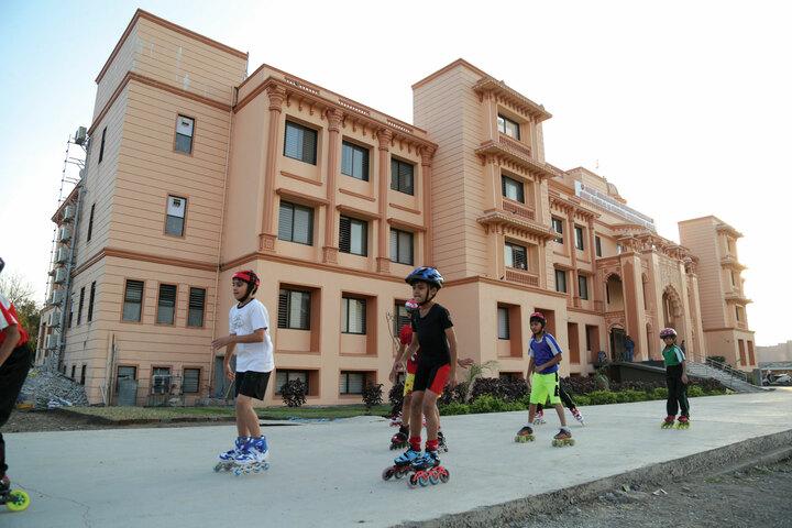 Shree Swaminarayan Vidhyapeeth-Skating
