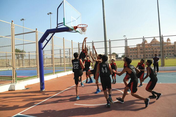 Shree Swaminarayan Vidhyapeeth-Sports