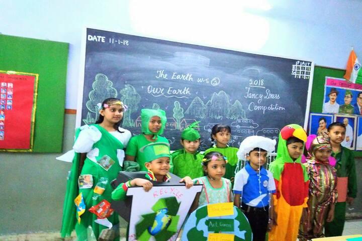 Shree Swaminarayan Vidyaveli Gyan Kendra English Medium School-Fancy Dress Competition