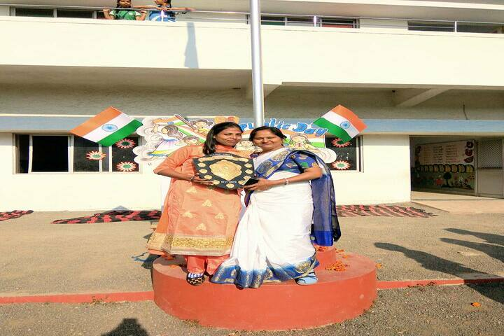 Shree Swaminarayan Vidyaveli Gyan Kendra English Medium School-Republic Day