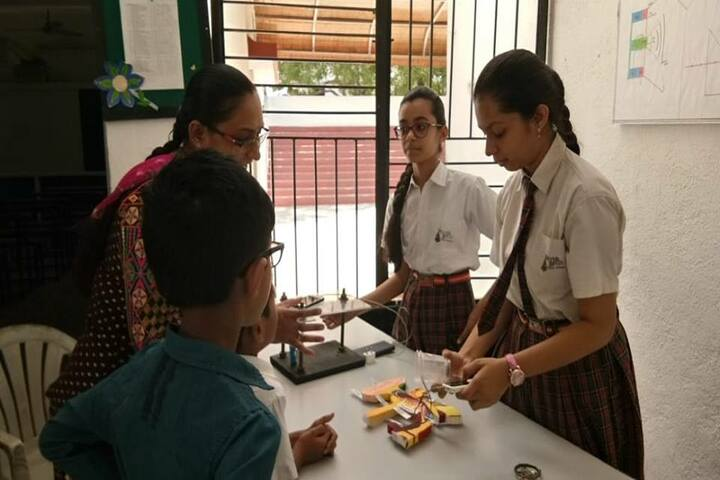 Silver Bells Public School-Maths and Science Exhibition