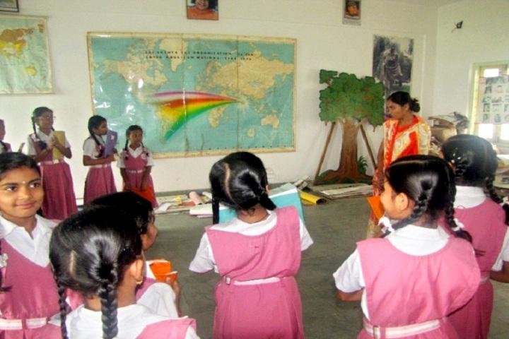 Sri Sathya Sai Vidyaniketan-Social Science Lab