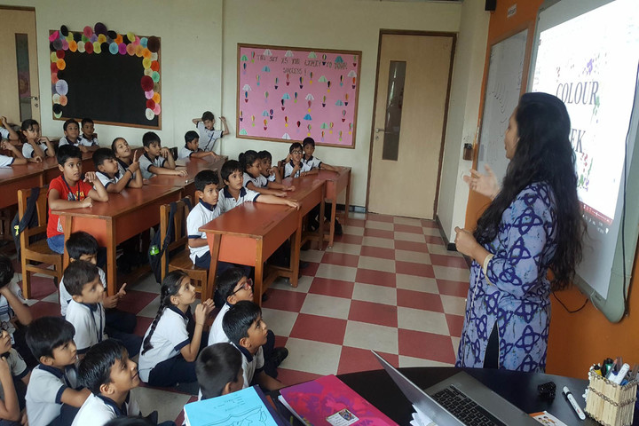 Tapti Valley International School-Classroom