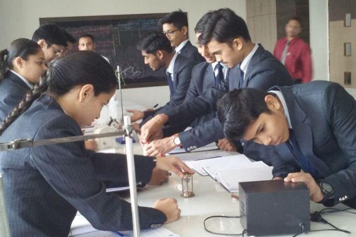 Vatsalya International School- Electronic Lab