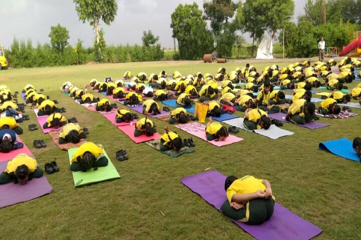 Vibrant School Of Excellence-Yoga Day